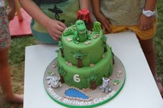Dinosaurs Birthday Party Ideas | Photo 13 of 25 | Catch My Party