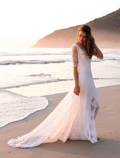 andcompliments.com, &campliments, Beach Wedding, Hochzeit am Strand, Boho Style, Brautkleid, Wedding Dress, Lace, Hairstyle, Ideas, Inspiration, Ozean, Party, Feier