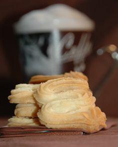 Ízbolygó » Álomkeksz (sablé viennois) Pavlova, Mashed Potatoes, Dairy, Ice Cream, Sweets, Cheese, Cookies, Baking, Cake