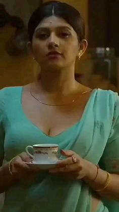 Beautiful Girl Body, Beautiful Blonde Girl, Beautiful Girl Indian, Most Beautiful Indian Actress, Beautiful Women, Cute Beauty, Beauty Full Girl, Beauty Women, College Girl Photo