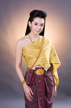 Traditional Thai Clothing, Traditional Fashion, Traditional Dresses, Thailand Costume, Thai Wedding Dress, Thailand Fashion, Thai Dress, Batik Dress, Thai Style