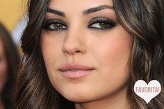Hey Girls, Do you guys wanna a make up like Mila Kunis ?, So here is the MakeUp tutorial like Mila Kunis, hope you enjoying :) Mila Kun. Maquiagem Mila Kunis, Cabelo Mila Kunis, Mila Kunis Cheveux, Mila Kunis Eyes, Mila Kunis Makeup, Mila Kunis Hair, Makeup Trends, Makeup Tips, Beauty Makeup