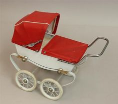 DOLL-SIZE-BABY-CARRIAGE-MARKED-RED-MADE-IN-FRANCE-MODELE-DEPOSE-Lot-3122