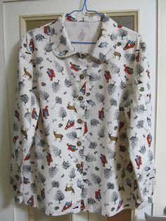 ハンドメイドのプリントシャツ。童話赤ずきんちゃんのモチーフ。オーガニックコットン100%で触ると気持ちいい。