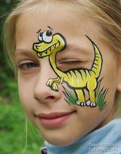 Yellow dino. Face paint by Tanya Maslova.