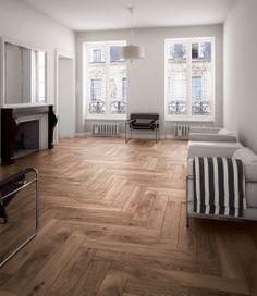 Tämäkin lattia on keraaminen, vaikkei sitä helpolla uskoisi. Marca Coronan Atelier-puujäljitelmä laatta ABL Laatat