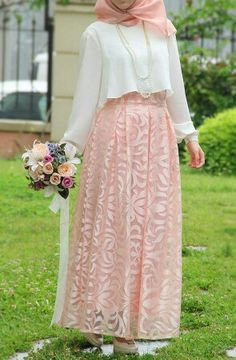 Princess skirt with lace design - Powder Modern Hijab Fashion, Islamic Fashion, Abaya Fashion, Muslim Fashion, Modest Fashion, Fashion Dresses, Hijab Evening Dress, Hijab Dress Party, Hijab Style Dress