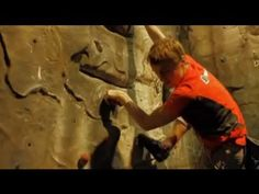 Leo Houlding's climbing tips - Using the outside edge of your foot, and keeping your arms straight to save energy. Urbanrock.com