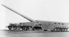 Baldwin Locomotive Works delivered five trains for the United States Navy during April and May Each train transported and supported a caliber Mk 4 gun mounted on a rail carriage with four bogies. Diesel Punk, Railway Gun, Trains, Rail Car, Big Guns, World War One, Panzer, Armored Vehicles, War Machine
