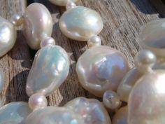 Grote stockverkoop van afgewerkte juwelen, onderdelen, kralen,... -- Herentals -- 11/02
