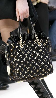 80452c6dcb17  Louis  Vuitton  Handbags Is Your Best Choice On This Years