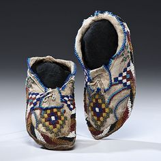 Apache Beaded Hide Moccasins (4/12/2012 - American Indian Art)