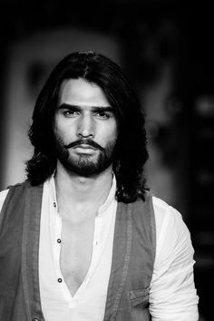 Desi Men-male models from other countries-tall dark & handsome Tall Dark Handsome, Hair And Beard Styles, Long Hair Styles, Dark Haired Men, Long Hair Beard, Long Hair Models, Beard No Mustache, Tall Guys, Gorgeous Men