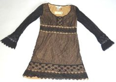 NWT STUDIO M RINA DRESS SCOOP NECK LACE LONG SLEEVES