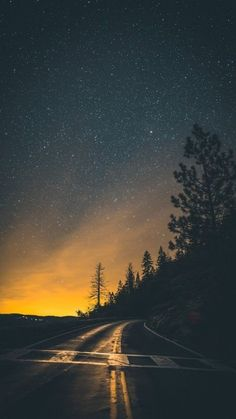 Road in the night- My Favorite Wallpaper- Iphone Wallpaper 4k, Cellphone Wallpaper, Milky Way From Earth, Pine Tree Art, Dark Photography, Foto Pose, Imagines, Nature Wallpaper, Nature Photos