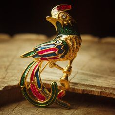 Green bird brooch pin antique styled vintage by Craft365.com ~ US$11.90
