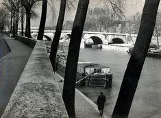 River Seine. 1929. Photographer: André Kertész