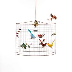 VOLIÈRE pendant lamp S - Life like birds in real feathers. Coppered wire lampshade. Height: 36 cm Cable: 140 cm Width : 45 cm