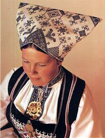 Hello all, Today I will cover the last province of Norway, Hordaland. This is one of the great centers of Norwegian folk costume, hav. Folk Costume, Costumes, Hardanger Embroidery, Traditional Outfits, Rum, Norway, Ethnic, Culture, Ideas