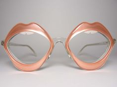 Lip Frames