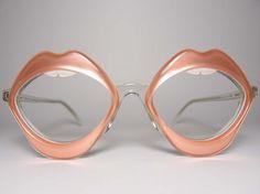 Lip frames #eyeshade