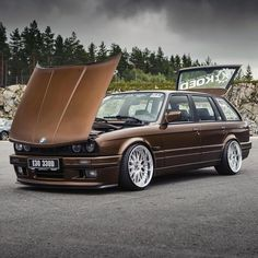 """Dennis Lindstrøm's wagon is next level. Shot by @aadde01 """