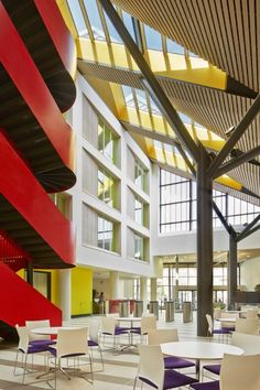 Lewisham Southwark College by Platform 5 Architects & Richard Hopkinson Architects Photography: Alan Williams Photography Alan Williams, Improve Circulation, Business Centre, Learning Spaces, Business School, Atrium, Entrance, Stairs, Platform