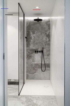 Walk-in shower with custom glass shower cabin Modern Bathroom Decor, Bathroom Layout, Bathroom Styling, Bathroom Ideas, Shower Ideas, Industrial Bathroom, Design Bathroom, Bath Design, Bath Ideas