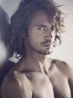 RICCARDO SARDONE how I imagine Christian Grey but with shorter hair!