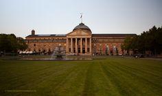 Die beeindruckende Architektur des Wiesbadener Kurhauses zählt zu den schönsten Festbauten in Deutschland und ist der Rahmen erlesener Galas, Veranstaltungen, Seminaren und Kongressen. Der heutige …