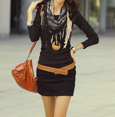 Black dress, big scarf and low belt.|