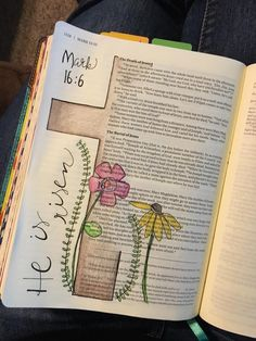 Bible journaling idea: He is risen! Art Journaling, Bible Study Journal, Mark Bible, Faith Bible, Bible Drawing, Bible Doodling, Bible Prayers, Bible Scriptures, Bibel Journal