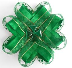 St. Patrick's Day Green Shamrock Bow... St. Patrick's Day Bow... Children's Hair bow