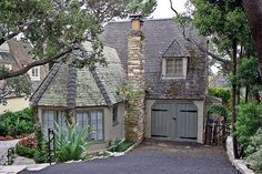 Cottage in Carmel, California I know where this house is lol Cottage Living, Cozy Cottage, Cottage Homes, Cottage Style, Storybook Homes, Storybook Cottage, Cabins And Cottages, Country Cottages, Country Houses