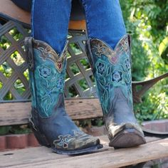 DAN POST Vintage Bluebird Cowgirl Boots These. Are. GORGEOUS. And SUPER comfortable! Size 8. Worn twice. GREAT condition. Comes with original tag, box and inserts. Dan Post Shoes