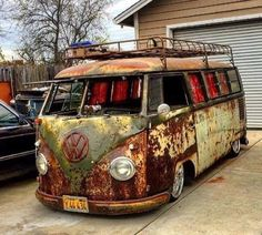 "chrismbartlett: "" by rat_rod_riot. Volkswagen Transporter, Vw T1, Vw Volkswagen, Vw Samba Bus, Combi Split, Kdf Wagen, Rat Look, Vw Vintage, Combi Vw"