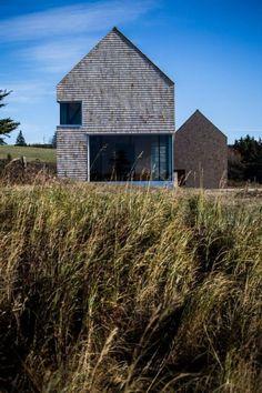 MacKay-Lyons Sweetapple elevates cabin in Nova Scotia on concrete plinths - Architectural Style Modern Architecture House, Residential Architecture, Modern House Design, Architecture Design, Modern Barn House, Contemporary Barn, Architect Magazine, Rural House, Nova Scotia