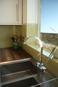 Kitchen splashback how to handle the window space. Glass Kitchen, Kitchen Redo, Kitchen Tiles, New Kitchen, Kitchen Remodel, Kitchen Dining, Dining Room, Cottage Kitchens, Home Kitchens