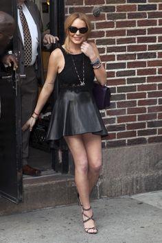 Celebstyle: Lindsay Lohan in fashionable zwart - http://www.fashionscene.nl/p/146188/celebstyle:_lindsay_lohan_in_fashionable_zwart