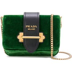 Prada Cahier convertible belt bag (95.460 RUB) ❤ liked on Polyvore featuring bags, green, logo bags, fanny pack bags, prada bags, hip fanny pack and chain shoulder bag