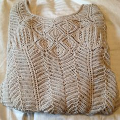 netted Aeropostale top beige/tan netted Aeropostale top. worn once great condition. too small for me. size medium could also fit small Aeropostale Tops Tees - Long Sleeve