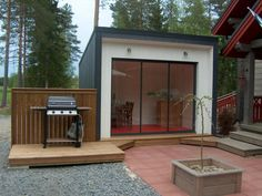 Stefans Special toimittaa huvimajat ja huvilat koko Suomen alueella
