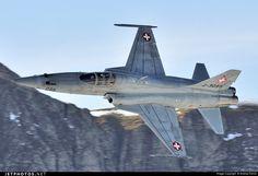 F-5E Tiger II by Andrea Ferino