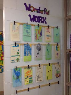 Prayers Purple Elephants: Yardsticks and Clothespins student work display idea Classroom Walls, New Classroom, Classroom Setup, Classroom Design, Classroom Displays, Kindergarten Classroom, Classroom Environment, Teacher Organization, Beginning Of School