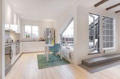 Perfekt Aménagement Toit Terrasse  Appartement Mansardé Cuisine Moderne Blanche