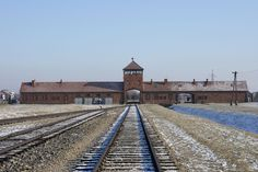 entrée de Birkenau Auschwitz II