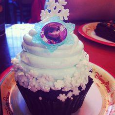 I had this cupcake today at Disney! I had it at the Contemporary Resort.