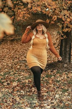 Plus size models ! sexy plus size dresses ,fashion show ! plus sized , Fashion trend Upstate new york outfit ideas fall Boho Outfits, Curvy Girl Outfits, Casual Dress Outfits, Casual Fall Outfits, Plus Size Outfits, Curvy Fashion, Plus Size Fashion, Boho Fashion, Girl Fashion