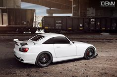 Dual Mugen x CR Honda S2000  pin more cool pics http://extreme-modified.com/category/extreme-world-best/