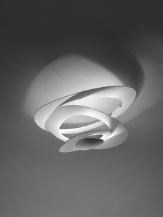 The Artemide Pirce LED Ceiling Light is contemporary ceiling mounted light - ideal where head height is limited. Buy original Artemide Lighting from Utility today - Original Design. Indirect Lighting, Flush Mount Lighting, Flush Mount Ceiling, Led Ceiling Lights, Wall Lights, Ceiling Lamps, False Ceiling Living Room, Home Decoracion, Led Lampe